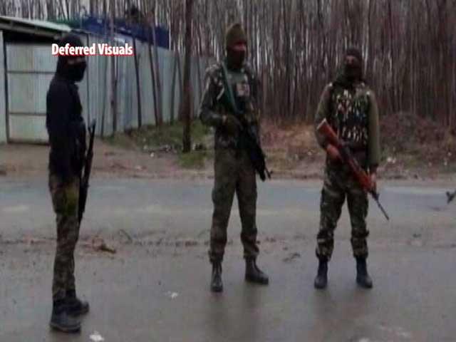 Video : Padgampora Encounter: Teen Killed In Stray Fire In Kashmir Encounter