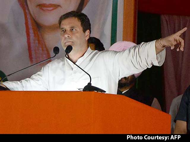 Video : Rahul Takes A Swipe At PM Modi, Smriti Irani Gives It Back