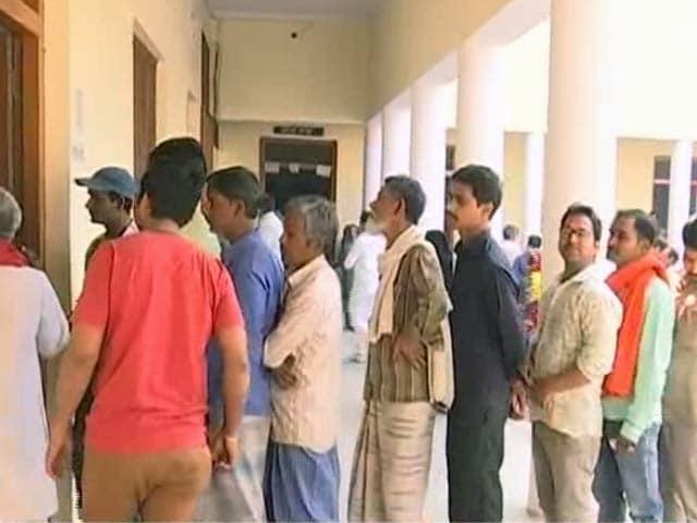 Video : इंडिया 8 बजे : 5 राज्यों में किसकी होगी सरकार, नतीजों का इतंजा़र