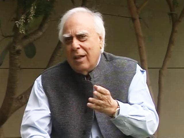 Video : Rahul Gandhi Should Not Be Blamed For Failure Of Congress In UP, Says Kabil Sibal