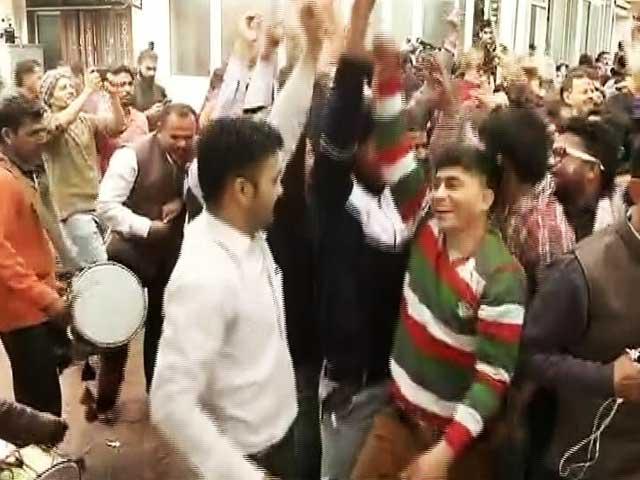Videos : उत्तराखंड में चली मोदी लहर, बीजेपी को मिला स्पष्ट बहुमत