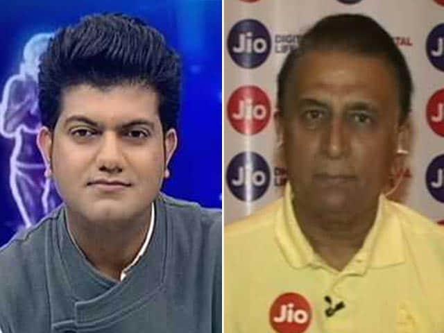 Videos : ऑस्ट्रेलियाई मीडिया उनके टीम की 'सपोर्ट स्टाफ़', उन्हें गंभीरता से न लें : सुनील गावस्कर