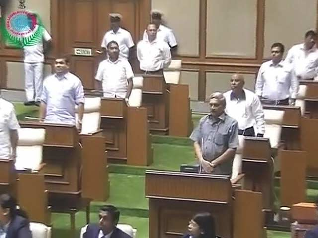 Video : Chief Minister Manohar Parrikar Wins Goa Trust Vote