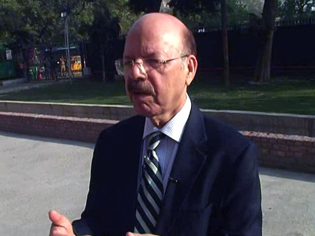 Video : Chief Election Commissioner Nasim Zaidi Refutes EVM Tampering Allegations