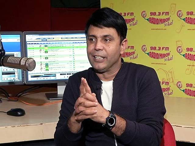 Video : Meet Radio Mirchi's Resident Funnyman, RJ Naved