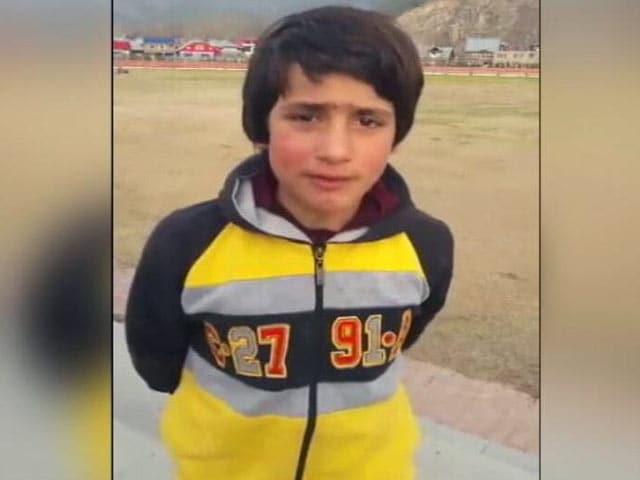 Videos : J&K : 8 साल की किक बॉक्सर 'तज्जमुल' ने उजागर किए खेल सुविधाओं के हालात