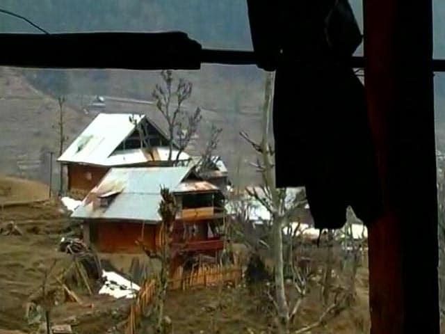 Videos : कश्मीर में मुठभेड़ की भेंट चढ़ी मासूम कनीज़ा