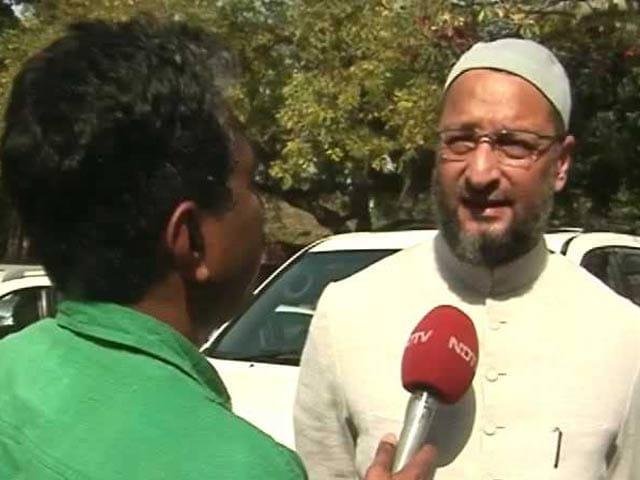 Video : मंदिर विवाद पर पहले भी छह बार बातचीत हो चुकी है : असदुद्दीन ओवैसी