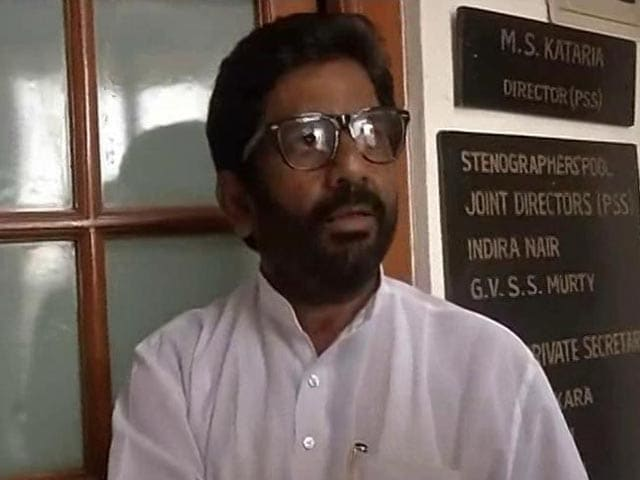 Video : 'Hit Him 25 Times', Boasts Shiv Sena MP After Assaulting Air India Staffer