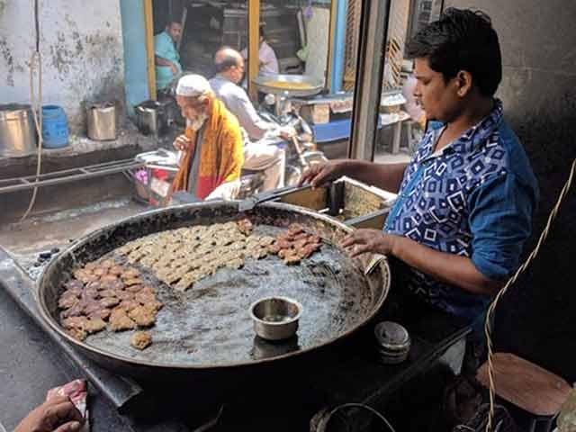 Video : Yogi Adityanath's Slaughterhouse Ban Hits Lucknow's Iconic 'Tunday Kebabi'