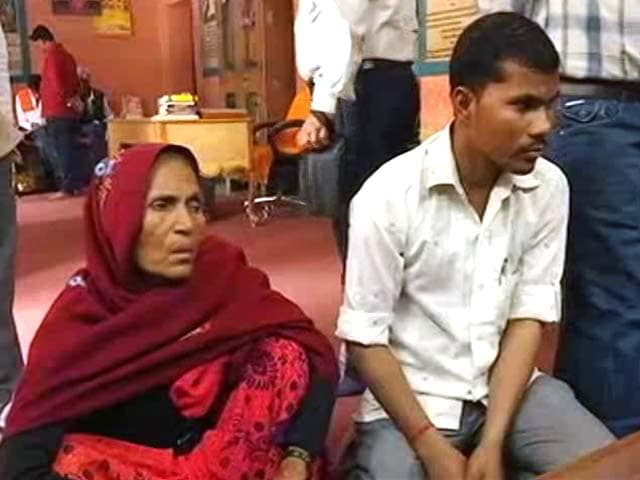 Video : Why People Are Queuing Up At Yogi Adityanath's Gorakhpur <i>Durbar</i>