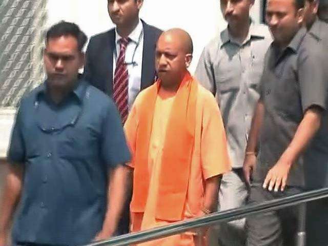Video : Gang-Rape Survivor Forced To Take Acid. Yogi Adityanath Visits Her In Hospital