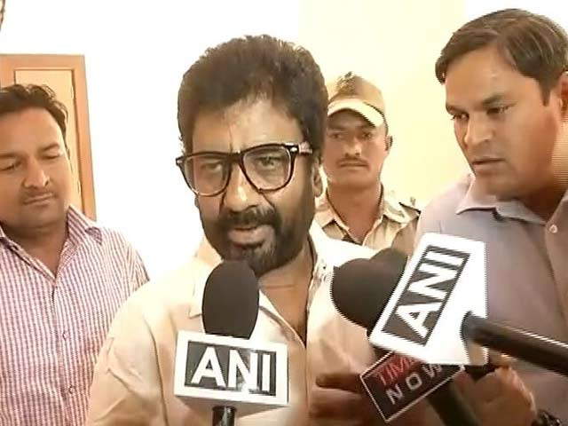 Not On Our Flights: Airlines Ban Shiv Sena MP Ravindra Gaikwad, 2 Cancel His Ticket