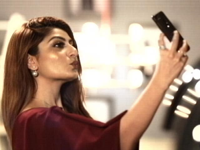 Video : How to Click the Perfect Selfie