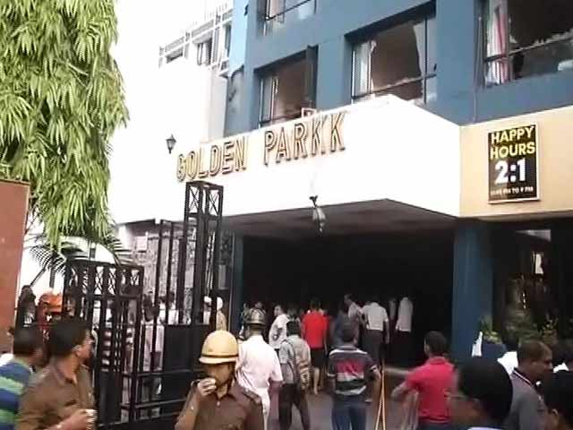 Video : 2 Killed In Fire At Kolkata's Golden Parkk Hotel