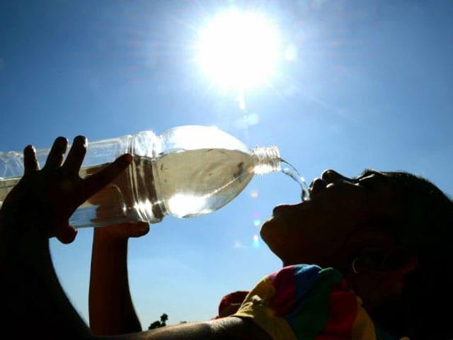 Videos : मार्च महीने में झुलसाती गर्मी का सितम