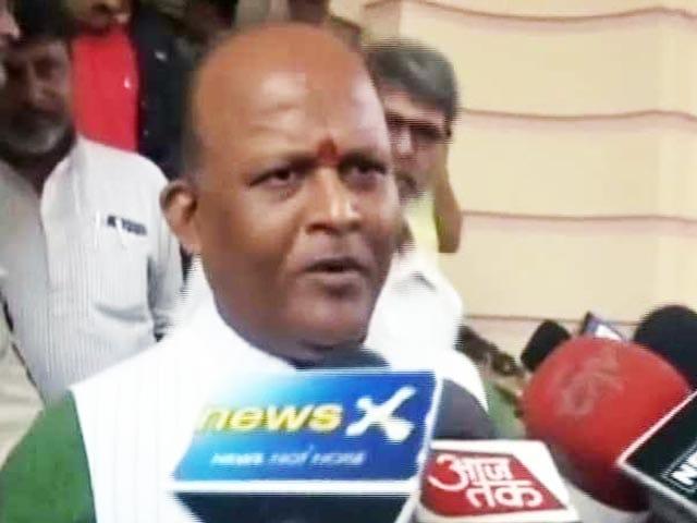 Videos : बिहार: छेड़खानी के आरोपी बीजेपी MLC निलंबित