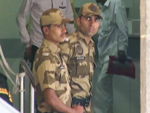 Video : महाराष्ट्र के अस्पतालों में सुरक्षाकर्मियों की तैनाती