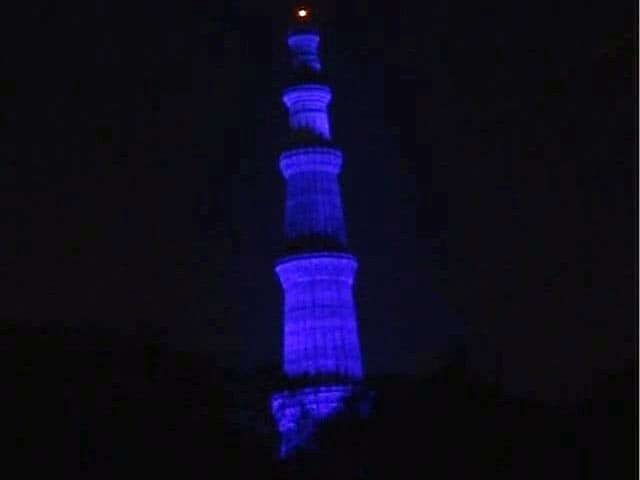 Video : Qutub Minar Turns Blue On World Autism Awareness Day