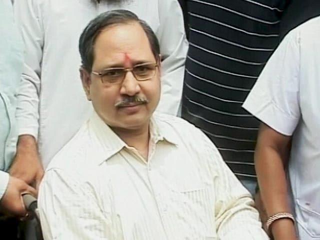 Videos : गुजरात के कार्यकारी डीजीपी पीपी पांडे तुरंत पद से होंगे मुक्त