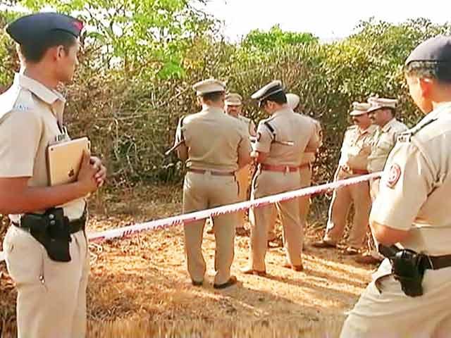 Videos : रहस्य बनी लोनावला में इंजीनियरिंग के छात्र-छात्रा की मौत