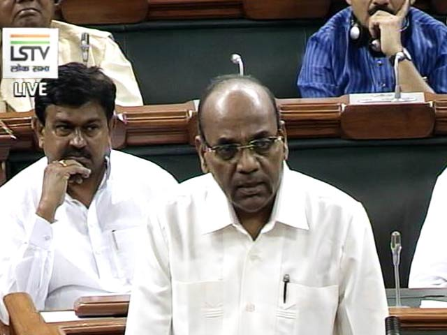 Video : Sena MP Geete Charges At Aviation Minister; Rajnath Singh, Others Intervene