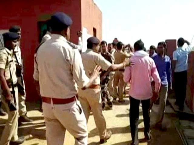 Video : Poll Violence In Madhya Pradesh's Ater, Congress Candidate Alleges Attack