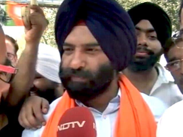 Video : दिल्ली : अकाली-बीजेपी उम्मीदवार मनजिंदर सिंह सिरसा जीते