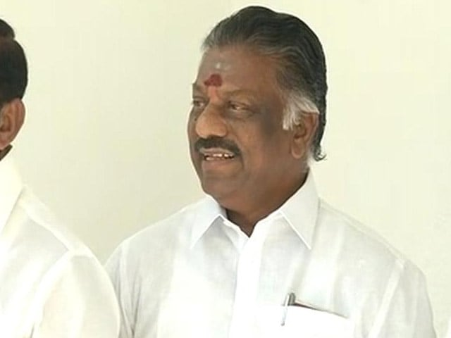 Video : O Panneerselvam Sets Terms, Says No Merger If VK Sasikala, Family In Picture