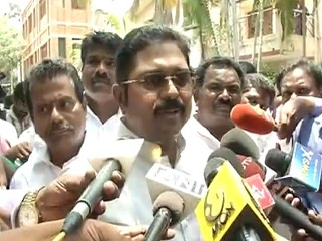 Video : 'Am Stepping Aside, No Regrets': Dinakaran Accepts It's Over