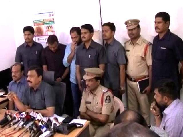 Video : Hyderabad Man Sent Girlfriend Fake Air Ticket, Then Raised A Hijack Alarm
