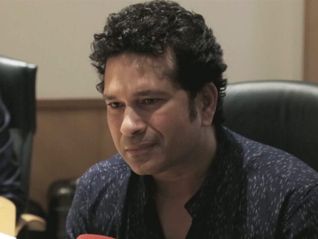 Video : Sachin Tendulkar on His Favourite Gadgets, Upcoming Game, and More