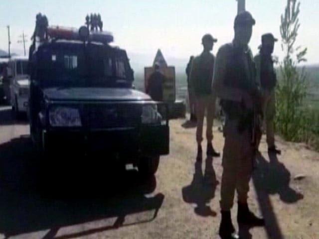 Videos : कुपवाड़ा में सेना के शिविर पर आतंकी हमला, तीन सैन्यकर्मी शहीद