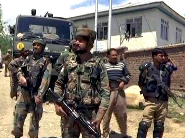 Videos : इंडिया 8 बजे : कश्मीर में सेना के कैंप पर आंतकी हमला