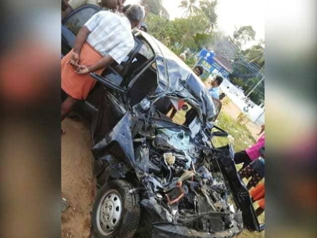 Videos : जयललिता के ड्राइवर की सड़क हादसे में मौत