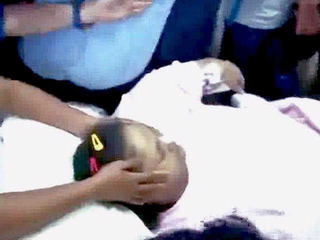 Videos : भारत में मोटापे का इलाज कराने के बाद इमान अहमद अबू धाबी गईं