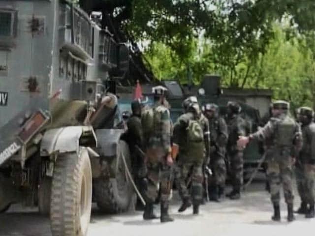 Videos : बड़ी खबर : कश्मीर घाटी में सुरक्षाबलों का बड़ा एंटी-टेरर ऑपरेशन