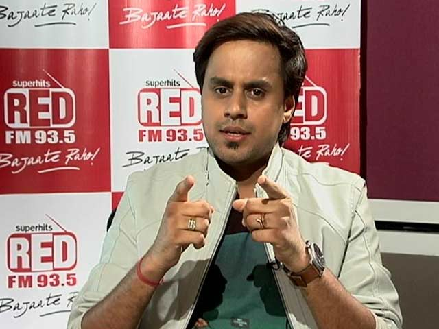Video : In Conversation With RJ Raunac, The Prankster Behind 'Baua'