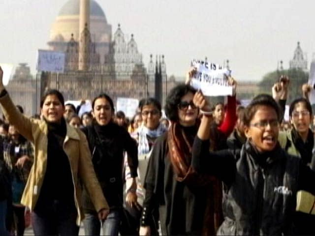 Video : निर्भया केस : SC ने चारों दोषियों की फांसी की सजा पर लगाई मुहर