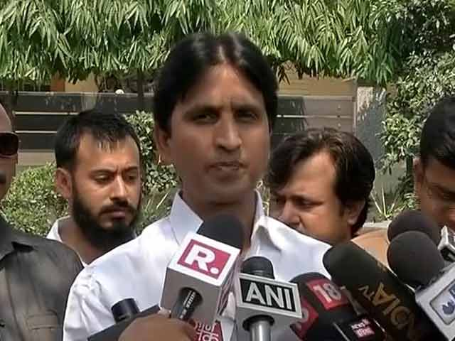 Video : 'Known Kejriwal for 12 Years, Can't Think He is Corrupt': Kumar Vishwas