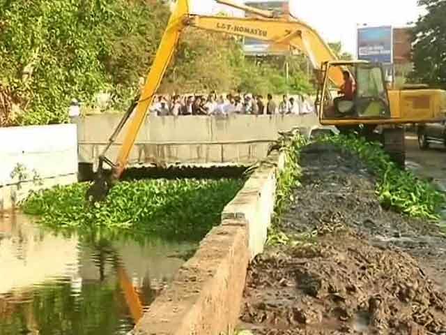 Video : Mumbai Prepares For Monsoon Season