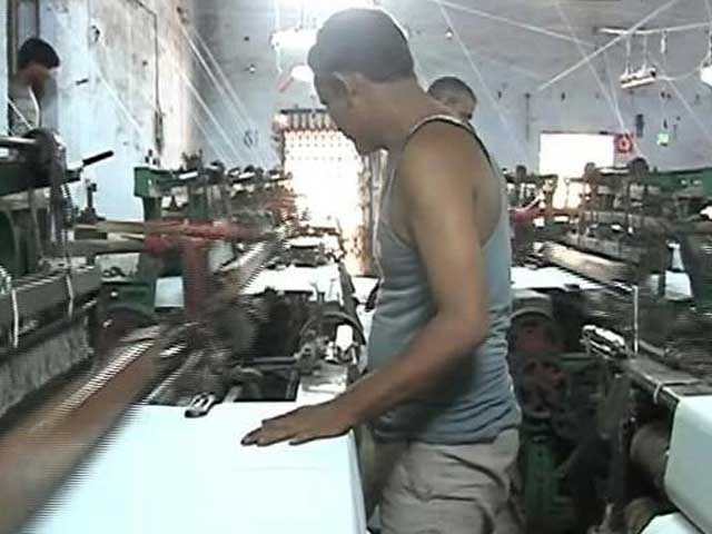 Video : 6 Months Since Note Ban, Bhiwandi's Powerloom Workers Still Hesitate To Return