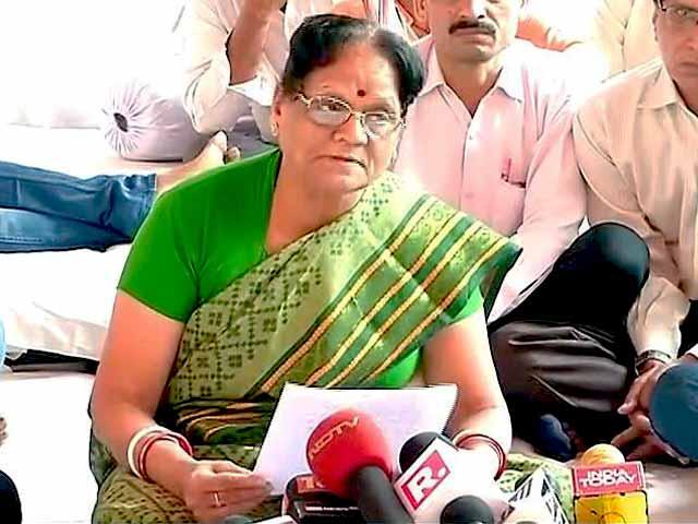 Video : कपिल मिश्रा की मां का अरविंद केजरीवाल को भावुक खत