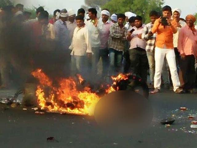 Video : In Shocking Video, Burning Man Didn't Stop Traffic On Maharashtra Highway