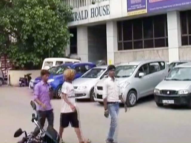 Video : नेशनल हेराल्ड केस में सोनिया-राहुल को झटका, आयकर विभाग की जांच को हरी झंडी