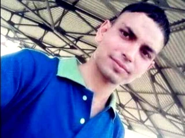 Video : Anger On Social Media Over Killing Of Army Officer Ummer Fayaz