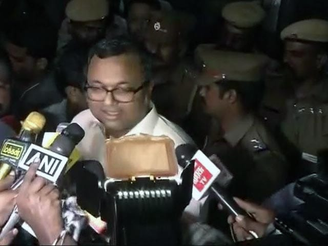 Video : CBI Issues Lookout Notice For P Chidambaram's Son Karti, He Moves Court
