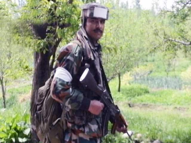 Video : जम्मू-कश्मीर के शोपियां में बड़ा सर्च ऑपरेशन