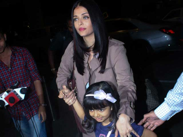 Aishwarya Rai Bachchan Leaves For Cannes Film Festival With Daughter Aaradhya
