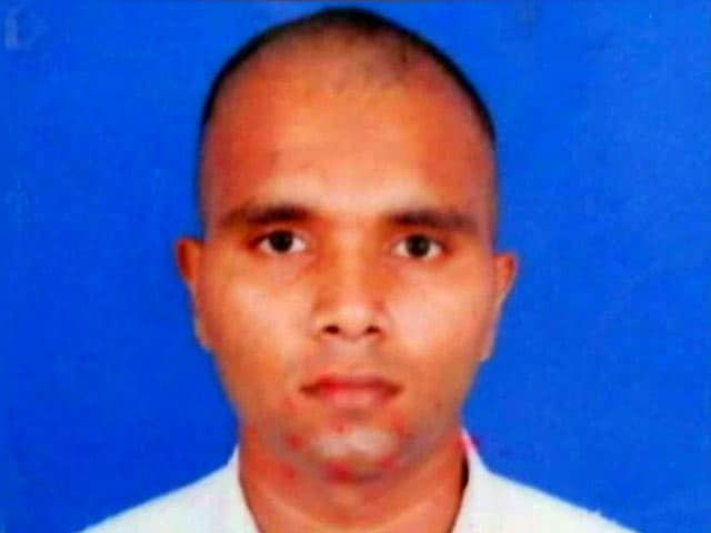 Video : Navy Cadet, 26, Found Unconscious At Academy In Kerala, Dies In Hospital